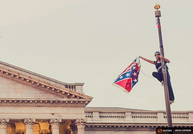 Bree Newsome at the South Carolina capital. (Reuters Media Express/Adam Anderson Photos)
